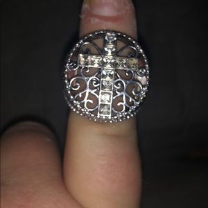 Cross stretchy ring beautiful
